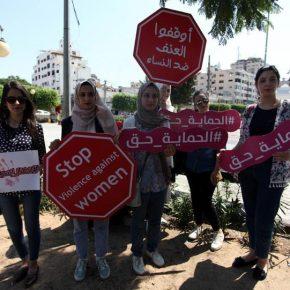 Des militantes veulent une nouvelle loi sur la violence contre les femmes palestiniennes