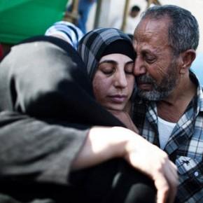 Hana Shalabi à son 34ème jour de grève de la faim : le service pénitentiaire israélien refuse de la transférer à l'hôpital malgré un risque de mort immédiate